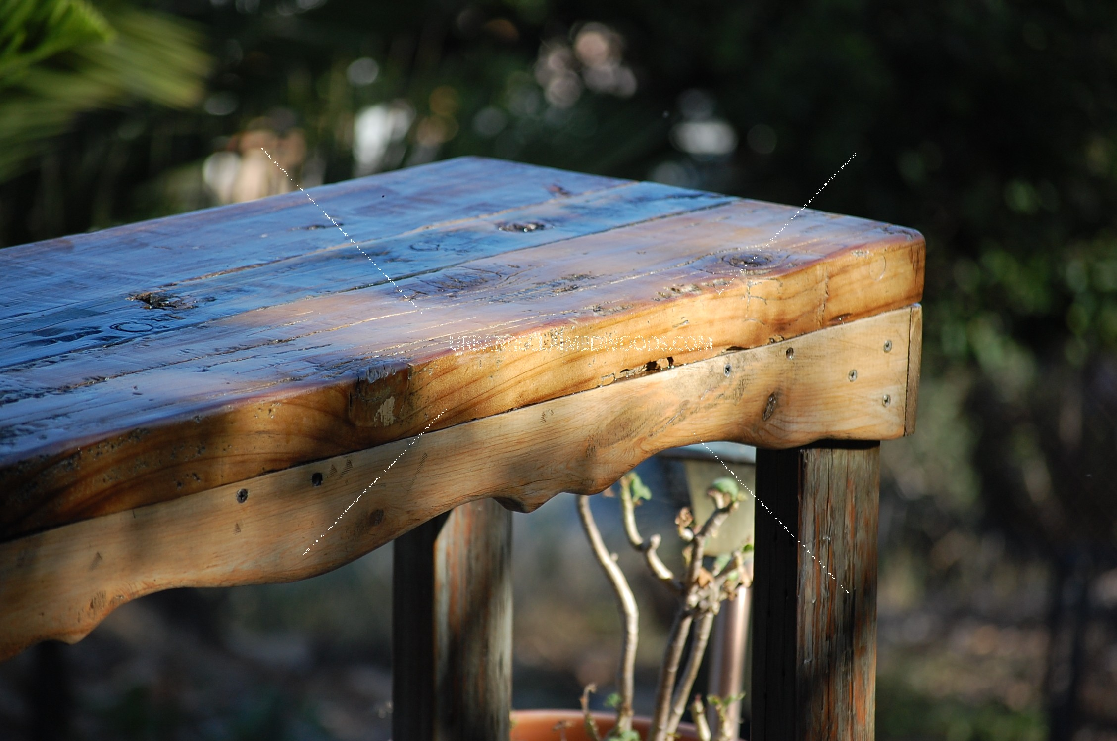 Entry Table - bow tie marine wood